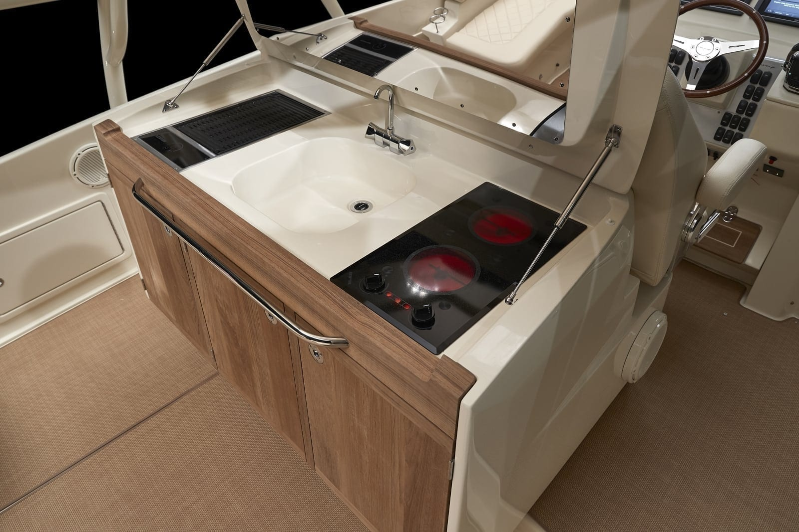 Chris Craft Launch 38 Cooktop and Sink